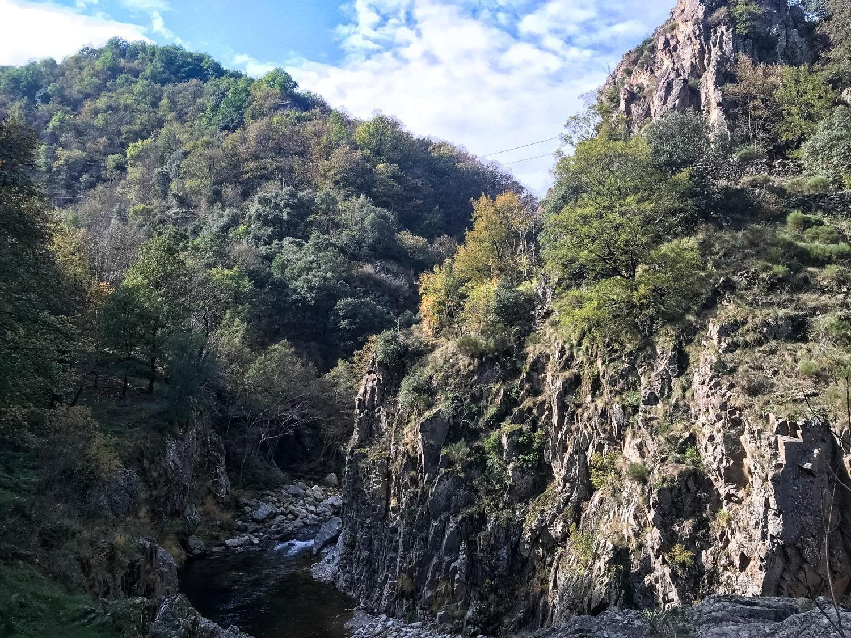 Spannende via ferrata met zipline in de Ardèche